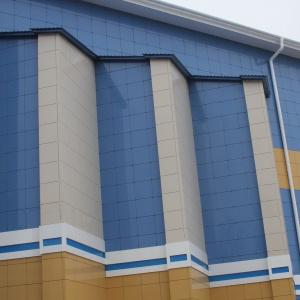IMG 3477 1 300x300 - Навесные фасады